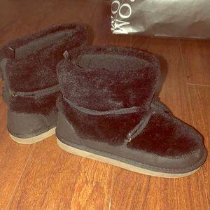 Gap kids fur boots